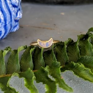 NWT🌙Madewell Crescent Ring